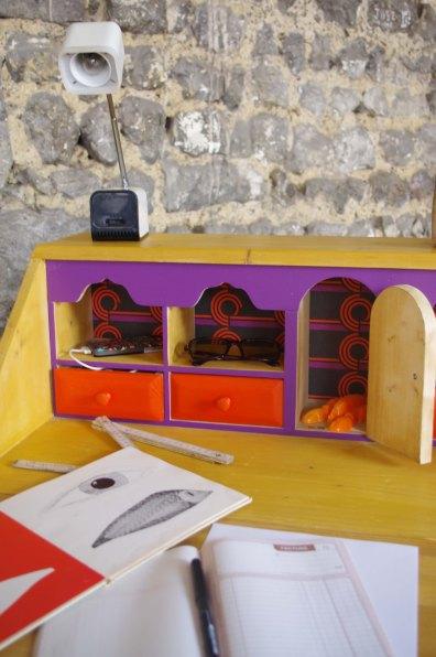 bureau-vintage-industriel-secrétaire-pierre-cardin-violet-violetta-5