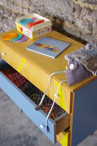 commode-vintage-enfant-jaune-gris-yellow-5