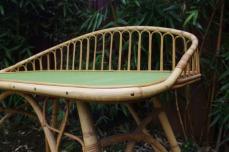Bureau-rotin-vintage-vert-courbe-design-2