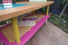 table-basse-vintage-bois-design-verre-rose-jaune-conique-5