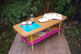 table-basse-vintage-bois-design-verre-rose-jaune-conique-12
