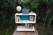 meuble-bibliotheque-hifi-téle-vintage-design-peint-bois-massif-made-in-France-fabrication-française-pied-acier-artisan-Normand-papier-peint-4