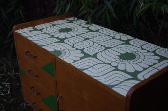 petite-enfilade-commode-vintage-rayré-concept-rouen-vert-paipier-peint-6