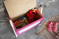 coffre-à-jouet-vintage-enfant-rangement-rose-vert-pied-compas-Rouen-Paris-10